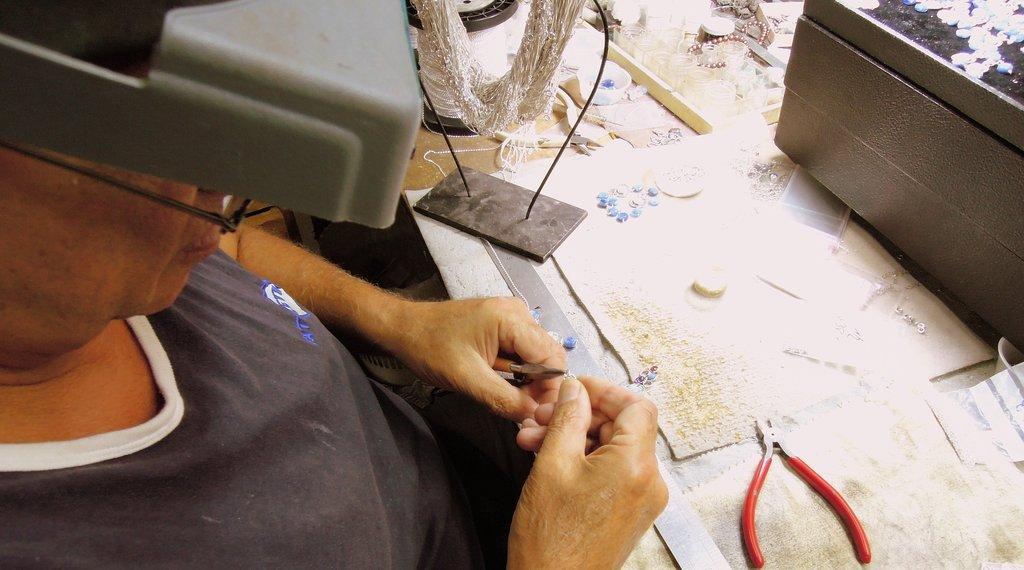 Håndlavede religiøse smykker