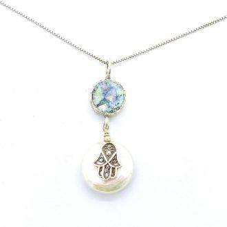 Glashalskæde med perle og hamsa hånd